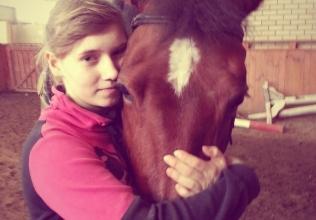 15-ти летней Аделине Адамовой нужна помощь для лечения в медицинском центре им. Хаиба Шеба